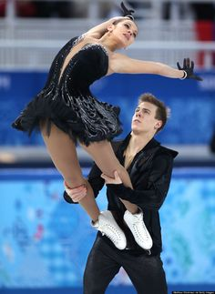 Russia 2014 Olympic Figure Skating swan lake | Russia's Ice Dancing Team's Black Swan Outfits Win The 2014 Winter ...