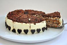 Безумно вкусный ореховый торт. Когда его ешь, получаешь истинное наслаждение, восторг!