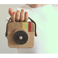 Petit Bebe anagram wooden camera
