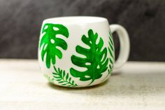 Summer Tropical Leaves Coffee Mug, Plant Lovers Gift, Botanical Mug Cool Coffee Cups, Ceramic Coffee Cups, Cool Mugs, Tropical Mugs, Tropical Decor, Painted Mugs, Hand Painted Ceramics, Personalized Christmas Gifts, Christmas Gifts For Women