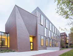 Harvard University Tozzer Library / Kennedy & Violich Architecture. Image © John Horner