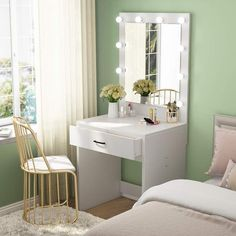 Bedroom Stools, Bedroom Desk, Room Ideas Bedroom, Room Decor, Mirror Bedroom, Vanity Table Set, Vanity Room, Small Bedroom Vanity, Bedroom Makeup Vanity