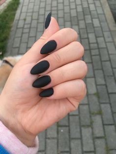 45 Awesome Black Almond Matte Nail Designs to Inspire You Black almond matte nails can be seen everywhere in the streets. They are one of the most popular and fashionable nail shapes. This nail shape is called Black Acrylic Nails, Black Coffin Nails, Acrylic Nail Shapes, Matte Black Nails, Almond Acrylic Nails, Black Acrylics, Nail Black, Matte Blush, Burgundy Nails