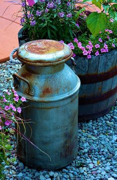 Scenic Print featuring the photograph Vintage Milk Can by Richard Jenkins Rustic Garden Decor, Rustic Gardens, Vintage Garden Decor, Bird Bath Garden, Garden Art, Dream Garden, Vintage Milk Can, Antique Milk Can, Old Milk Cans