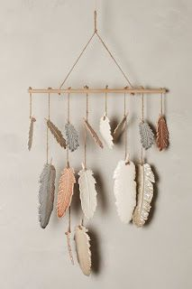 Anthropologie Little Wing Chimes - List of the most creative DIY and Crafts Diy Fimo, Diy Clay, Clay Crafts, Diy And Crafts, Arts And Crafts, Stick Crafts, Ceramic Pottery, Ceramic Art, Feather Crafts