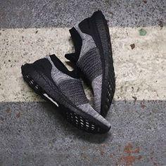 35a2da5ff Adidas Ultraboost Laceless Black Boost Black-Black