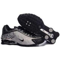 finest selection 60866 bce48 104265 095 Nike Shox R4 Black White J09148 Nike Shox For Women, Mens Nike  Shox