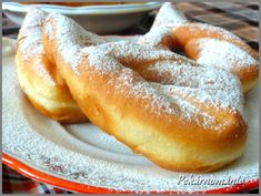 Sweet Desserts, Sweet Recipes, A Food, Food And Drink, Czech Recipes, Bread And Pastries, Group Meals, Donuts, Desert Recipes