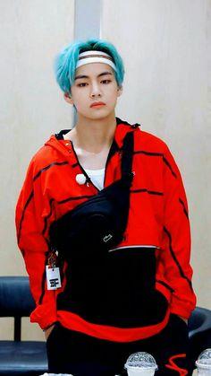 [Wallpapers + Kpop] The images don't belong to me, the credits for your … – BTS Wallpapers Bts Taehyung, Bts Blackpink, Bts Kim, Kim Namjoon, Bts Bangtan Boy, Daegu, Foto Bts, V Bta, Jin