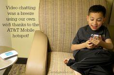 KEEPING FAMILY CLOSE WITH TECHNOLOGY THIS HOLIDAY SEASON #MOVILIZANDOTUMUNDO #AD