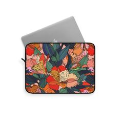 Wild Frida Laptop Sleeve – WavyBazaar Macbook Sleeve, Sleeve Designs, Laptop Sleeves, Mini, Prints, Etsy, Printmaking, Laptop Covers