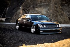 Ordinaire Toyota Crown. LOWLIFE Ind.