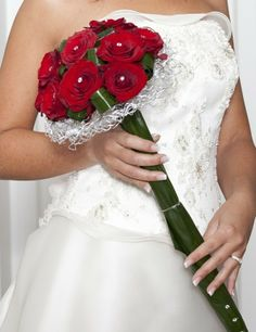 red roses bouquet with highlight