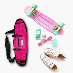 Skateboard Backpack, Skateboard Deck Art, Penny Skateboard, Skateboard Design, Skateboard Girl, Mini Skate, Girl With Green Eyes, Latin Shoes, Skater Girls