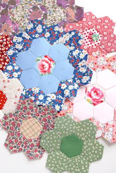 English Paper Piecing Basics: Week 2 // Hexagons - rotary cutting for epp