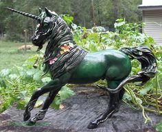 Altered Breyer Horse By Shandi Howard The Greeneyed Unicorn Studio Fantasy Creatures, Mythical Creatures, Bryer Horses, Painted Pony, Unicorn Art, Horse Sculpture, Animal Decor, Horse Love, Art Model