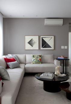 Pitadas de cor trazem estilo ao apartamento