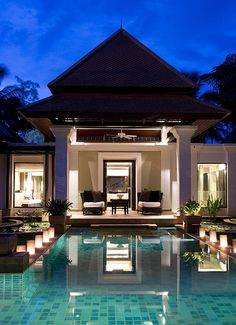Back to some modern architecture with an amazing pool. I love it how the lights add depth to the entire structure.
