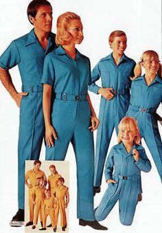 Sears Jumpsuit Bahaha Dad wore these all the time. I'm really glad we all didn't have to wear them. Vintage Advertisements, Vintage Ads, Vintage Style, Vintage Tuxedo, Bad Fashion, Fashion Outfits, Kitsch, Vintage Magazine, Vintage Outfits