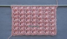 This Pin was discovered by HUZ Knitting Stiches, Knitting Videos, Baby Knitting, Crochet Patterns For Beginners, Knitting For Beginners, Knitted Baby Clothes, Knitted Hats, Knitting Designs, Knitting Patterns