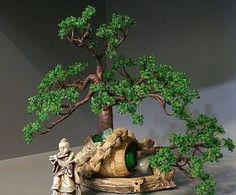 Un copac margele minunat cu mâinile