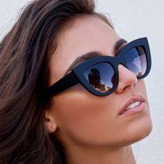 c97e7bdc4fc59 Comprar 2018 Novo Designer de Marca Olho de Gato Mulheres óculos de Sol  preto Fosco influência. Oculos De ProteçãoOculos ...