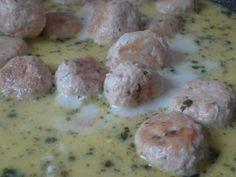 Czary w kuchni- prosto, smacznie, spektakularnie.: Pulpety z kurczka w śmietankowym sosie z marchewką... Meat, Chicken, Food, Beef, Meal, Essen, Hoods, Meals, Eten
