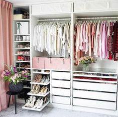 Walk In Closet Ideas - Do you require to whip your small walk-in closet into shape? You will certainly love these 20 extraordinary small walk-in closet ideas and also makeovers for some . Walk In Closet Design, Bedroom Closet Design, Wardrobe Design, Closet Designs, Home Bedroom, Bedroom Decor, Bedrooms, Wardrobe Room, Dressing Room Design