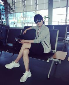 is time to come back home✈🎶 #yangyang #杨洋 #杨洋icon #airport