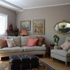 traditional living room by ACR Villa Skovly