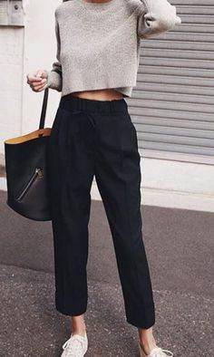 New Style Casual Black Sweaters Ideas Basic Outfits, Mode Outfits, Fashion Outfits, Sneakers Fashion, Fashion Ideas, Sneakers Style, White Sneakers, Shoes Sneakers, Simple Work Outfits