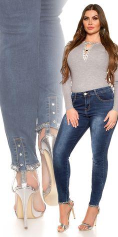 Plus size farmer szárán strasszokkal Plus Size, Sewing Hacks, Skinny Jeans, Pants, Fashion, Trouser Pants, Moda, Fashion Styles, Women's Pants