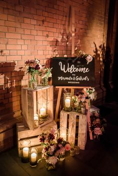 Bringing the countryside to the city - a rustic Jewish weddi.- Bringing the countryside to the city – a rustic Jewish wedding with a Phillipa Lepley bride at St Pancras Hotel, London, UK – Smashing the Glass Wedding Table, Wedding Blog, Dream Wedding, Wedding Day, Wedding Rustic, Wedding Cakes, Wedding Rings, Wedding Dress, Rustic Wedding Glasses