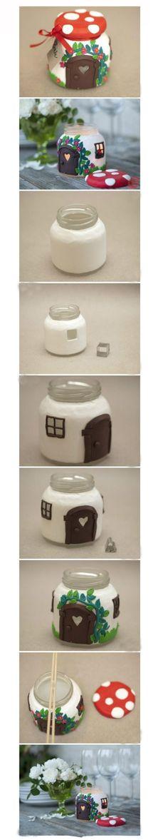 #森女DIY#废旧玻璃瓶遇上轻粘土变身童话小屋,无聊的时候做做手工吧,把时间浪费在美好的事情上也会收获不一样的快乐哦~(转)