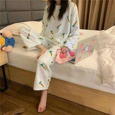 Cute Pajama Sets, Cute Pajamas, Girls Pajamas, Pajamas Women, Korean Fashion Casual, Ulzzang Fashion, Korean Street Fashion, Korean Outfits, Pajama Outfits