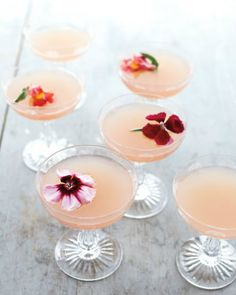 Lillet Rose Spring Cocktail Ruby Red grapefruit juice and Lillet Rose give these gin cocktails their spring blush. Garnish with edible flowers for an elegant finishing touch. Get the Lillet Rose Spring Cocktail Recipe Rose Cocktail, Cocktail Drinks, Cocktail Recipes, Signature Cocktail, Champagne Cocktail, Cocktail Shaker, Rose Champagne, Cocktail Ideas, Champagne Saucers