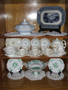 Some 19th century porcelain, stafforshire and pearlware