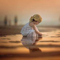 World Around Me….By Lilia Alvarado Precious Children, Beautiful Children, Beautiful Babies, Baby Pictures, Cute Pictures, Beautiful Pictures, Cute Kids, Cute Babies, Kind Photo
