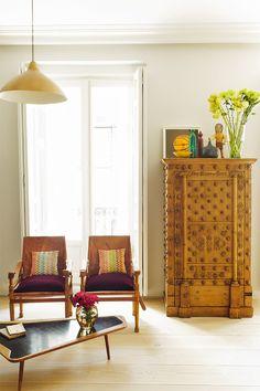 Los arquitectos Schneider y Colao, la estilista Nuria Menoyo y el coleccionista José Serrano-Suñer crearon un piso poco convencional.