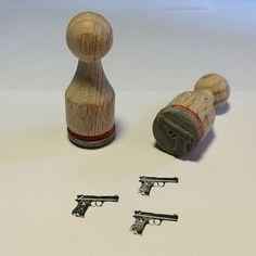 ♠ Pistole MiniStempel Stempel ♠ von BloodyNose auf DaWanda.com