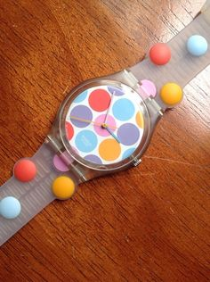 """Swatch Vintage """"JEU DE BILLES"""" 2005 New In Box Has Cool DOTS on Band And Face #swatch #Sport"""