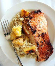 Brown Sugar Honey Marinated Salmon with Caramelized Pineapple Quinoa #glutenfree