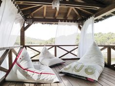 DVELAS Upcycled sails Furniture - DVELAS - News and press releases