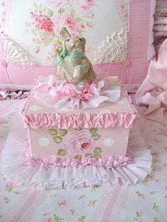 Pink Roses Bunny Box