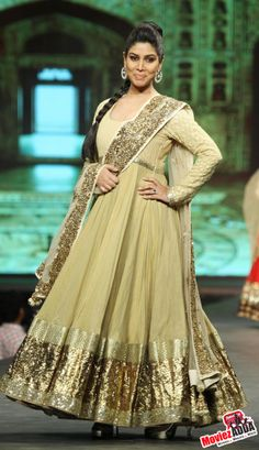 Sakshi Tanwar at Caring with Style fashion show