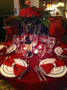 Table Decor Ideas For Valentines