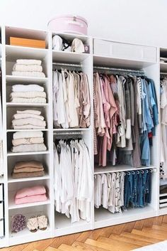 FIND OUT: The Best Closet Organization Ideas For Women's | Simdreamhomes #closet...#closet #find #ideas #organization #simdreamhomes #womens