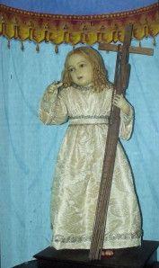 Le 15 juin 1658, dans la chapelle de N.-D. des Sept Douleurs, chez les Augustins déchaussés à Aix-en-Provence, une laïque de vingt-sept ans Jeanne-Perraud a la vision de l'Enfant-Jésus, âgé de trois ans, chargé des instruments de la Passion, et va œuvrer pour en répandre la dévotion.