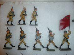8 russische Soldaten marschierend der 7,5cm Serie, kein LINEOL | eBay