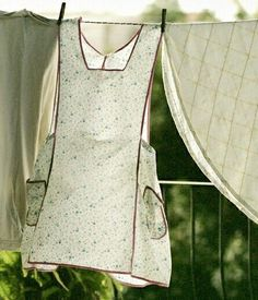 """denim-and-chocolate: """"#pink #green #cream """"  ~~~Grandma always wore an apron much like this one on the clothesline. ~~~"""